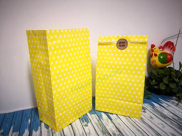 ถุงกระดาษขาว พื้นเหลือง 14.6x9x27 cm.
